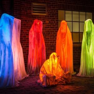 toronto lightfest lightfestival lightart festivaloflights guardians of time manfred kielnhofer light art sculpture glow statue design fine arts